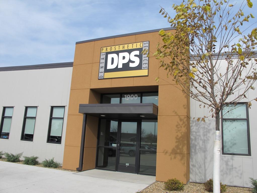 Dental Prosthetic Services, Cedar Rapids, Iowa.